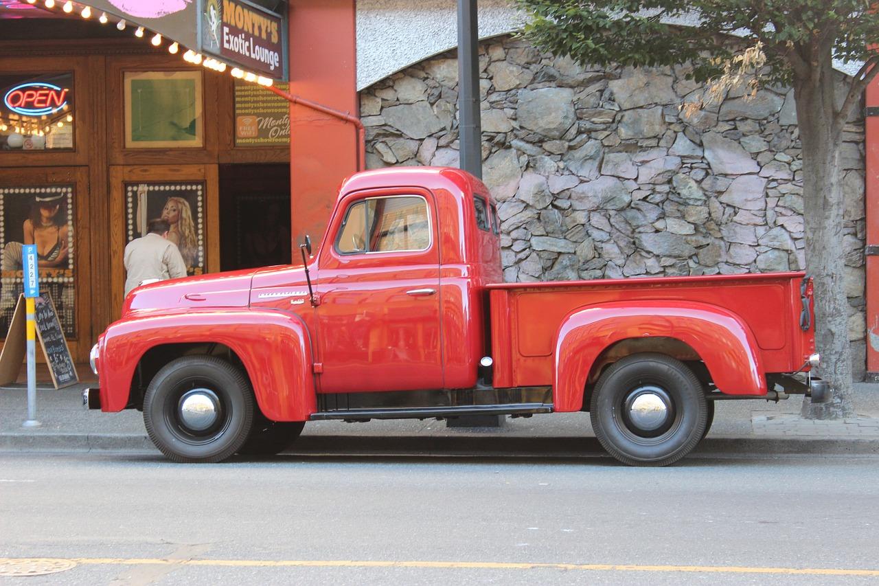 pickup truck, truck, old