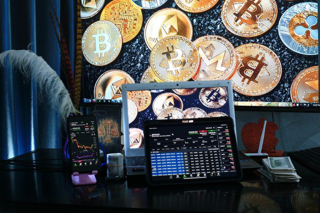 trading, blockchain, cryptocurrency-6531134.jpg
